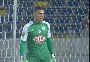 """صورة مصطفى زغبة:""""مبولحي هو الحارس رقم 1 في المنتخب ولا يجب أن ننسى تضحياته من أجل الجزائر""""ّ"""